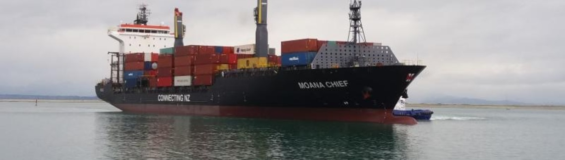 Moana chief with cargo